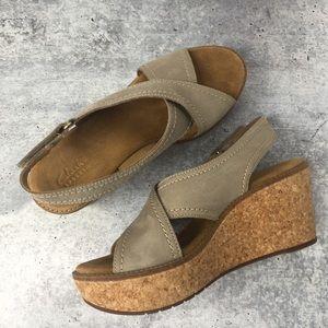 Clark's Artisan Wedge Sandal Size 7